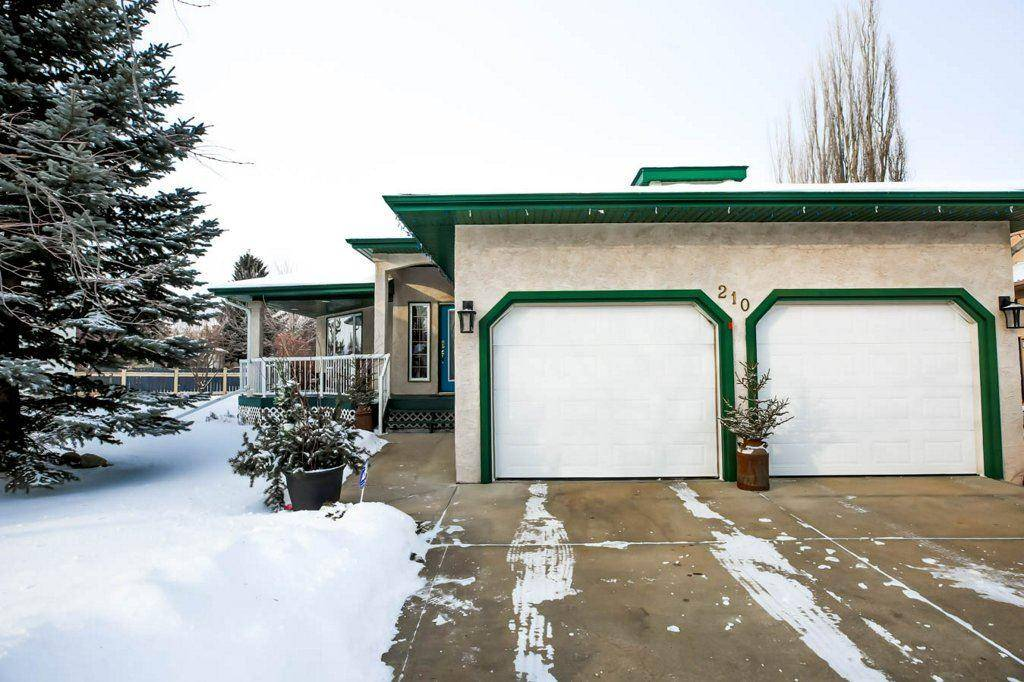 House for sale at 210 Norwood Ct Wetaskiwin Alberta - MLS: E4183931