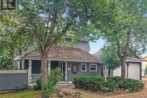 House for sale at 210 Perkins St Estevan Saskatchewan - MLS: SK797329