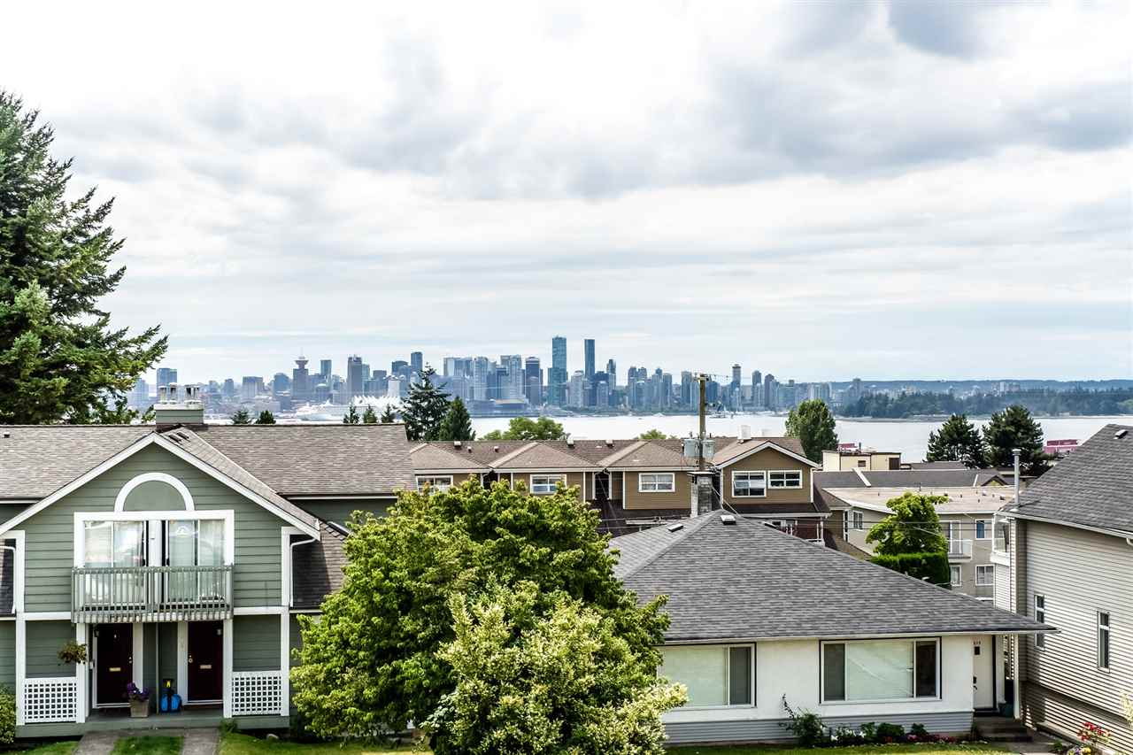 Removed: 210 W 5th Street, North Vancouver, BC - Removed on 2017-11-01 05:11:26