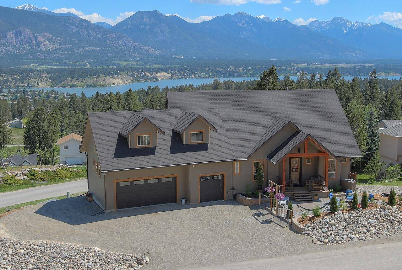 House for sale at 2101 Pineridge Drive  Invermere British Columbia - MLS: 2451081