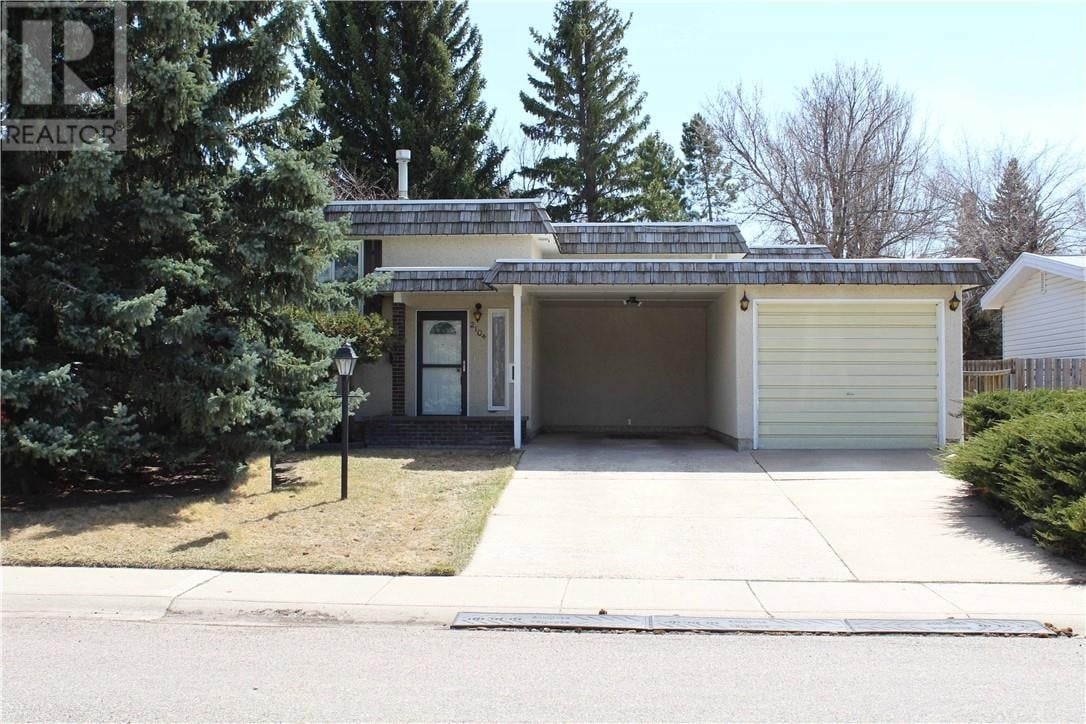 House for sale at 2104 14 Ave North Lethbridge Alberta - MLS: LD0191193