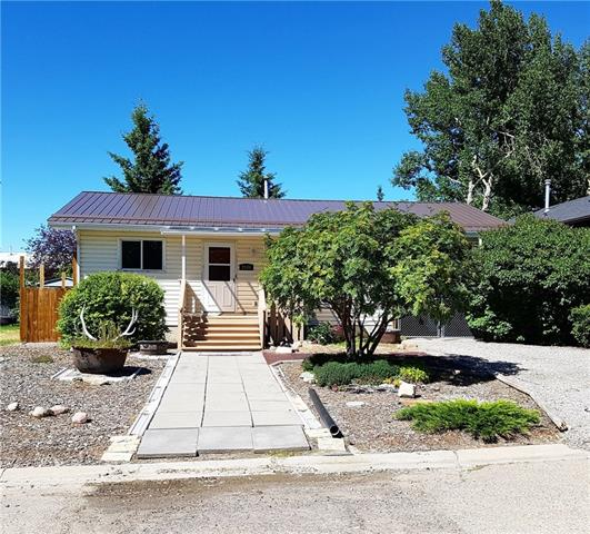 For Sale: 7 Avenue, Didsbury, AB | 3 Bed, 2 Bath House for $196,500. See 29 photos!