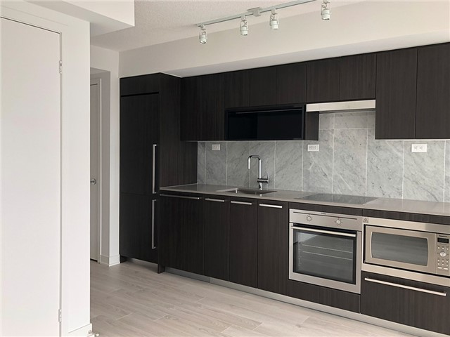 For Rent: 2105 - 70 Queens Wharf Road, Toronto, ON   1 Bed, 1 Bath Condo for $2,040. See 8 photos!