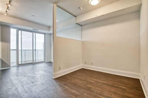 Apartment for rent at 101 Erskine Ave Unit 2106 Toronto Ontario - MLS: C4972561