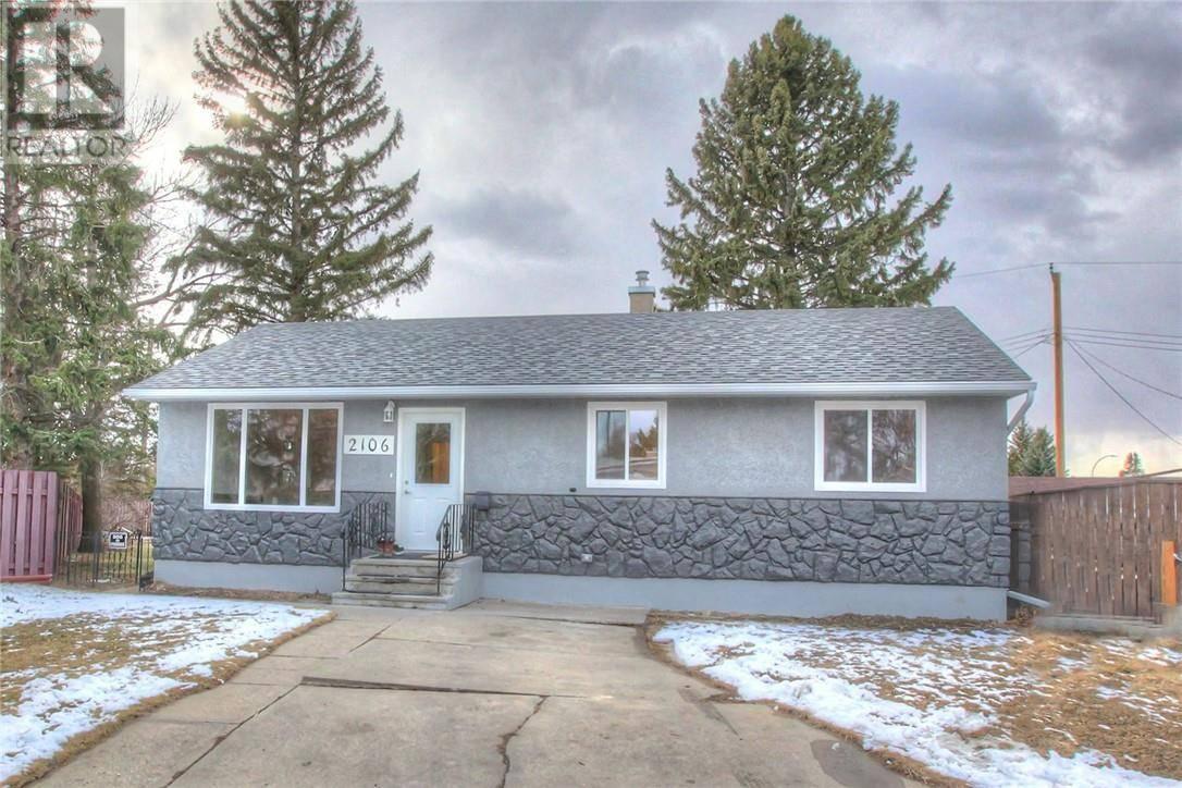 House for sale at 2106 12 Ave N Lethbridge Alberta - MLS: ld0189697