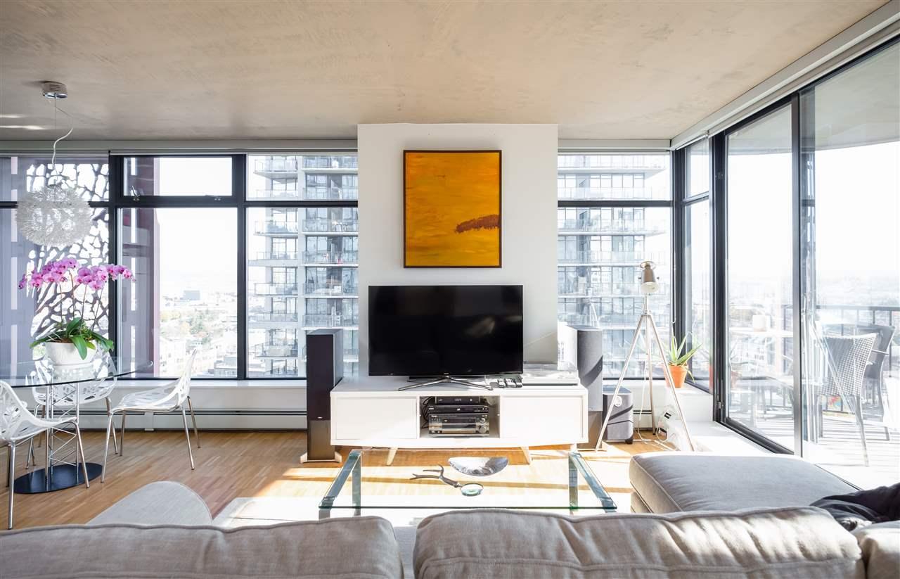 Sold: 2106 - 128 W Cordova Street, Vancouver, BC