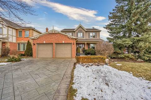 House for sale at 2107 Country Club Dr Burlington Ontario - MLS: W4699053