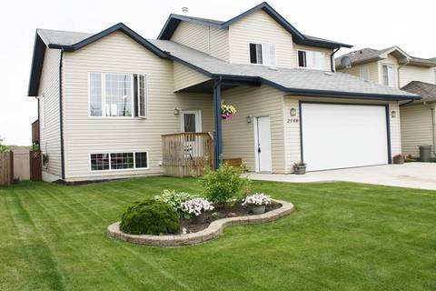 House for sale at 2108 7 St Cold Lake Alberta - MLS: E4155333