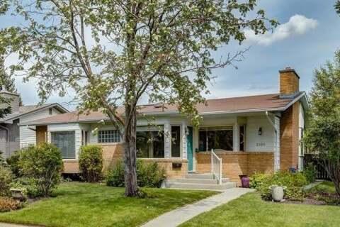 House for sale at 2108 Uralta Rd Northwest Calgary Alberta - MLS: C4300879