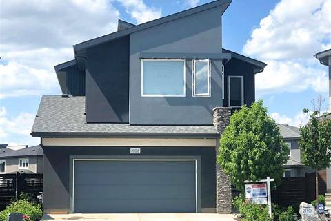 House for sale at 2108 Ware Rd Nw Edmonton Alberta - MLS: E4162759