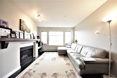 Condo for sale at 1438 Parkway Blvd Unit 211 Coquitlam British Columbia - MLS: R2439064