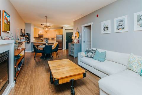 Condo for sale at 159 22nd St W Unit 211 North Vancouver British Columbia - MLS: R2328441