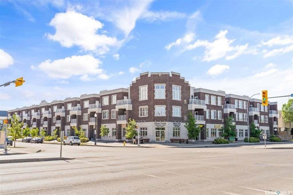 Condo for sale at 1715 Badham Blvd Unit 211 Regina Saskatchewan - MLS: SK809758