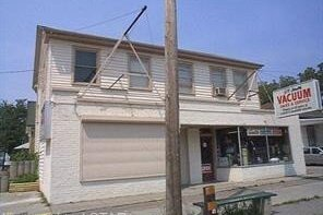Home for sale at 211-213 Wellington St London Ontario - MLS: 40037572