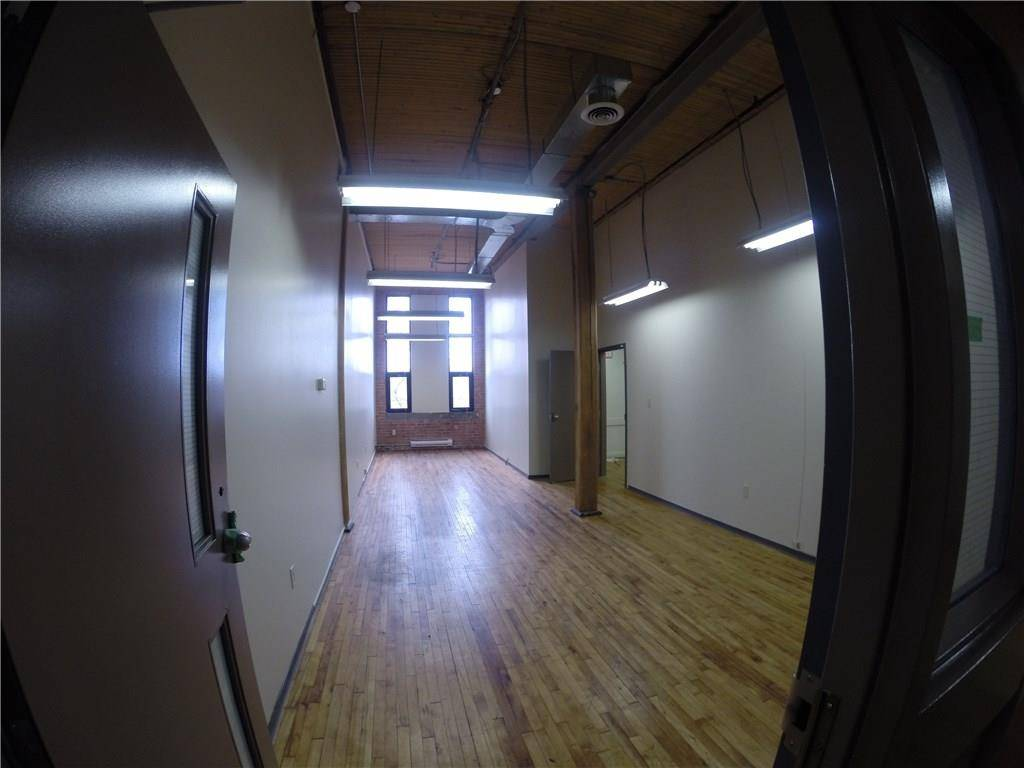 Commercial property for lease at 247 Church St Apartment 211 St. Catharines Ontario - MLS: 30556114