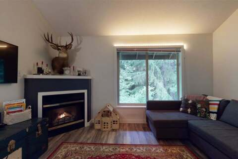 Townhouse for sale at 3070 Hillcrest Dr Unit 211 Whistler British Columbia - MLS: R2482832