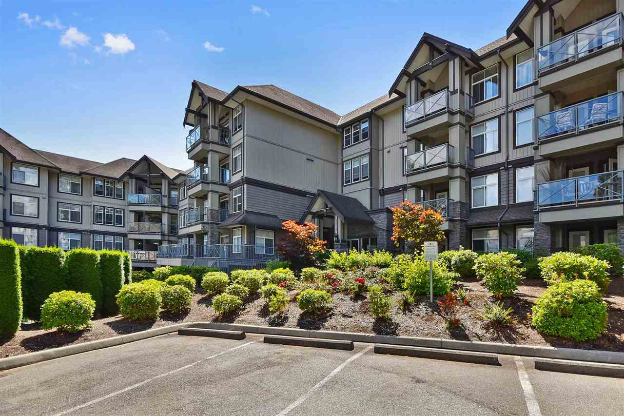 Removed: 211 - 33318 East Bourquin Crescent, Abbotsford, BC - Removed on 2018-08-16 05:09:14
