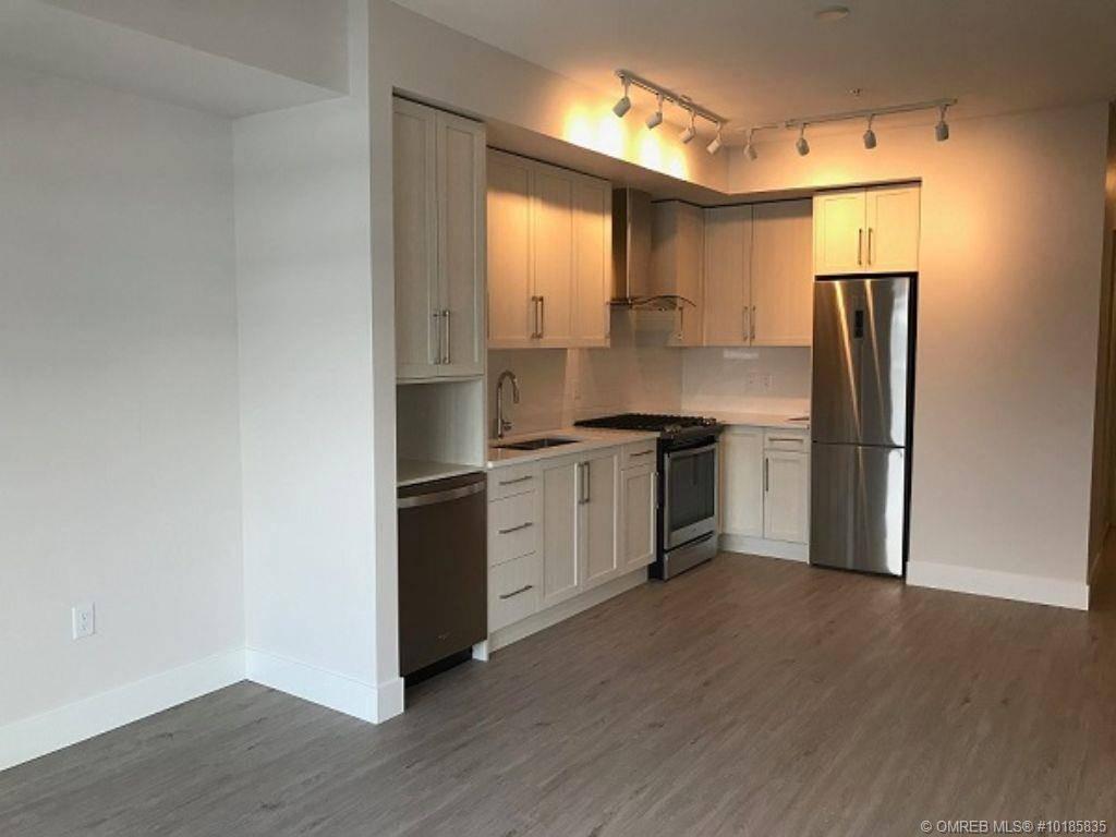 Condo for sale at 4380 Lakeshore Rd Unit 211 Kelowna British Columbia - MLS: 10185835