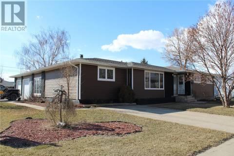 House for sale at 211 5th St Humboldt Saskatchewan - MLS: SK759488