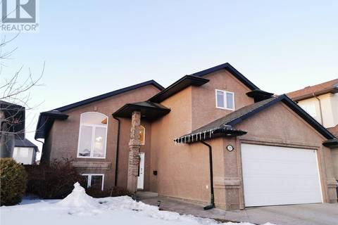House for sale at 211 Addison Rd Saskatoon Saskatchewan - MLS: SK801164