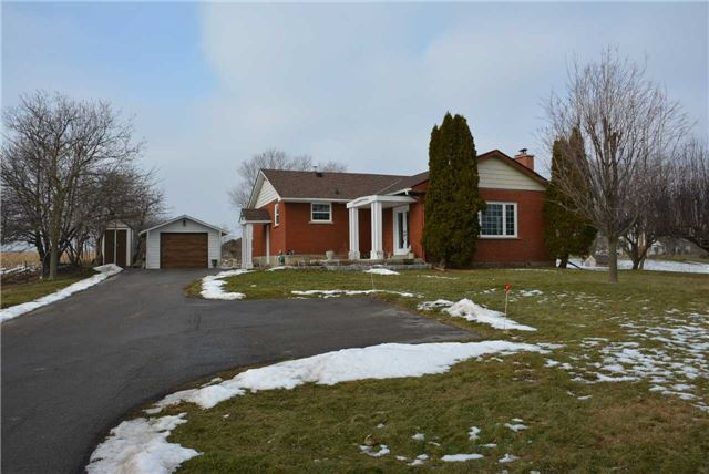 Sold: 211 Burnhamthorpe Road, Oakville, ON