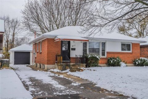 House for sale at 211 Fairway Ave London Ontario - MLS: 40047127