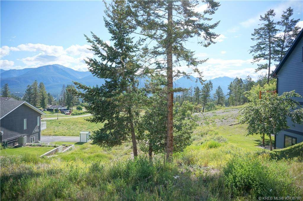 Residential property for sale at 211 Pinetree Road  Invermere British Columbia - MLS: 2450760