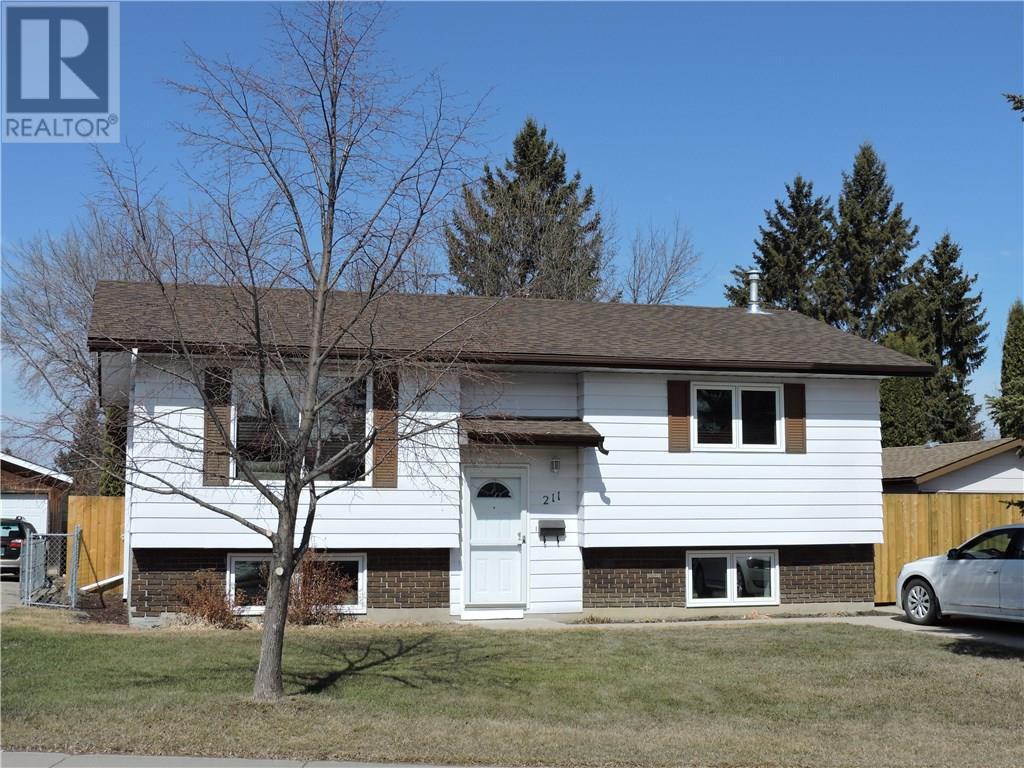 For Sale: 211 Poth Crescent, Saskatoon, SK | 3 Bed, 2 Bath House for $303,900. See 40 photos!