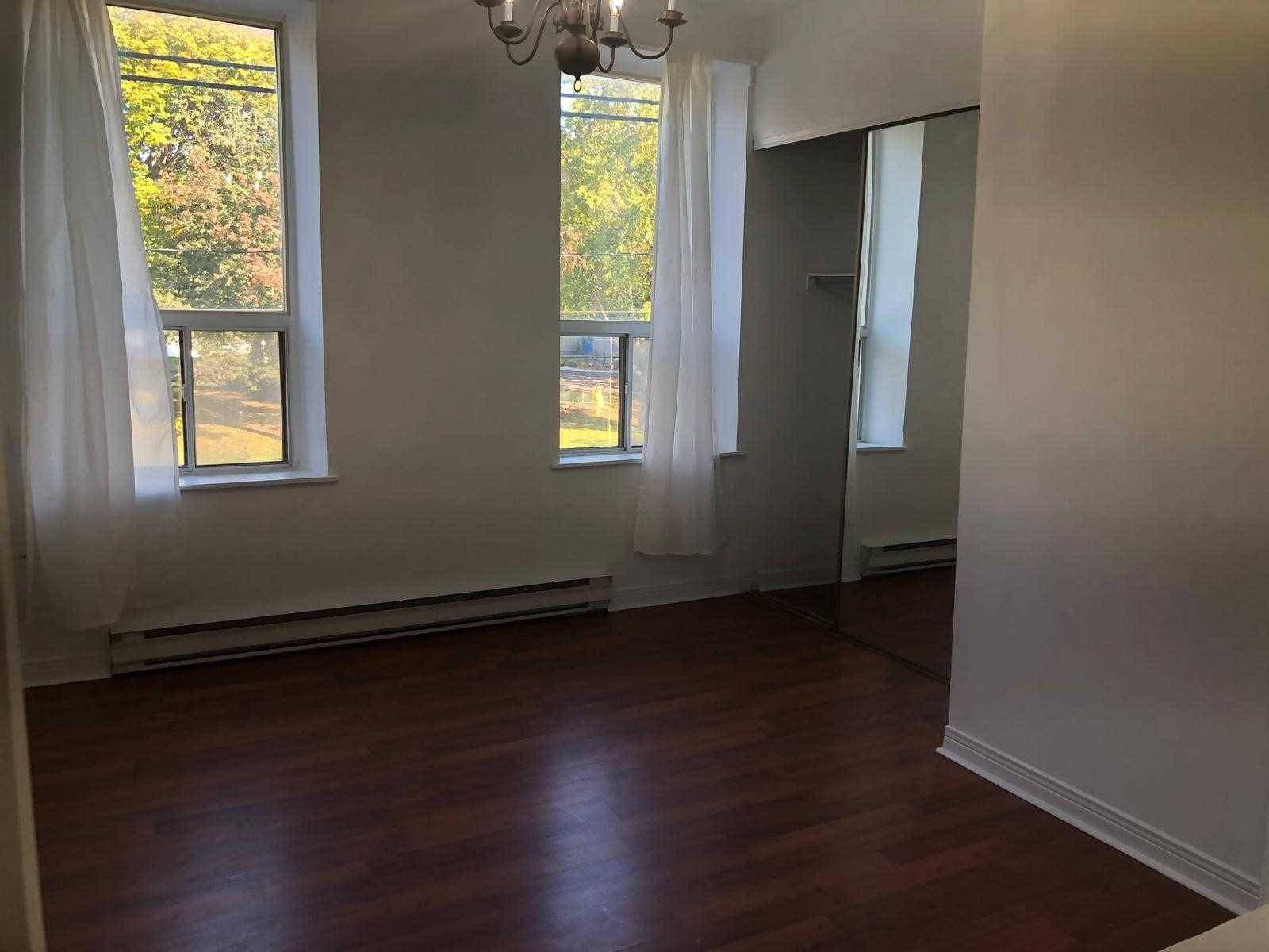 Townhouse for rent at 211 Queen St Toronto Ontario - MLS: C4614062