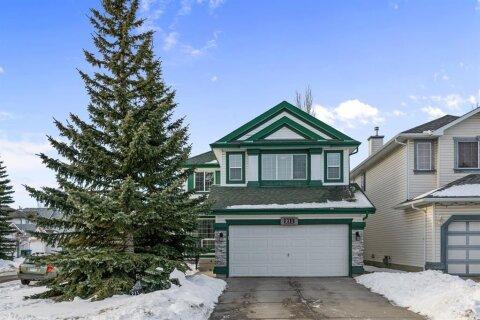 House for sale at 211 Schooner Cs NW Calgary Alberta - MLS: A1059280