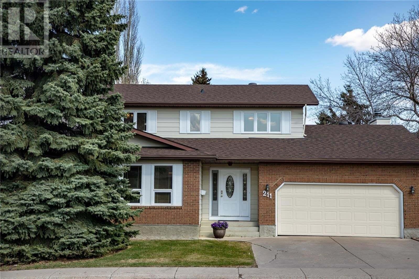 House for sale at 211 Whiteshore Cres Saskatoon Saskatchewan - MLS: SK810968