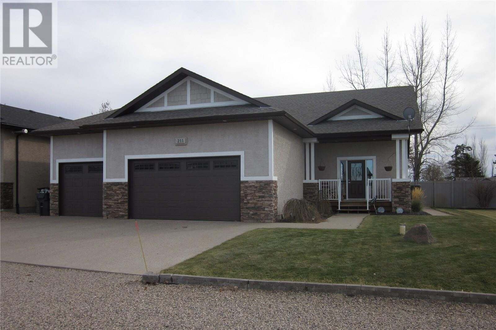 House for sale at 211 Willow Ridge Dr Pilot Butte Saskatchewan - MLS: SK810436