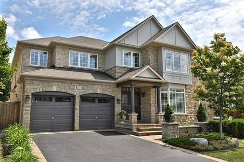 House for sale at 2111 Wildfel Wy Oakville Ontario - MLS: W4582652