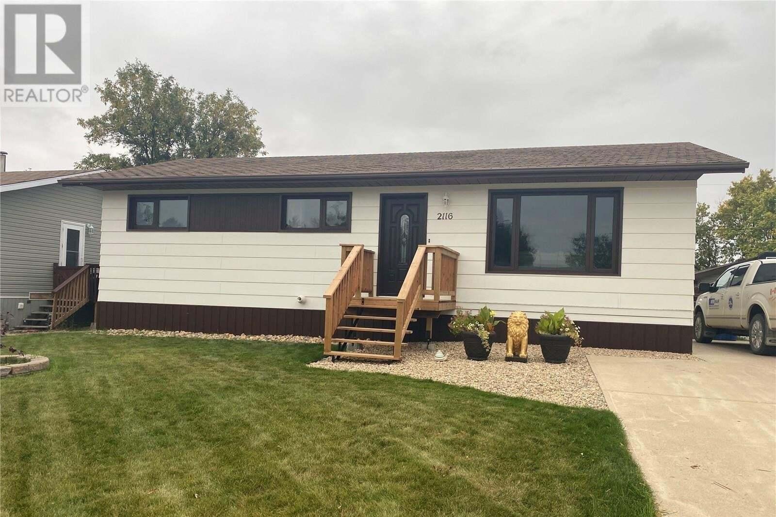 House for sale at 2116 100a St Tisdale Saskatchewan - MLS: SK827029