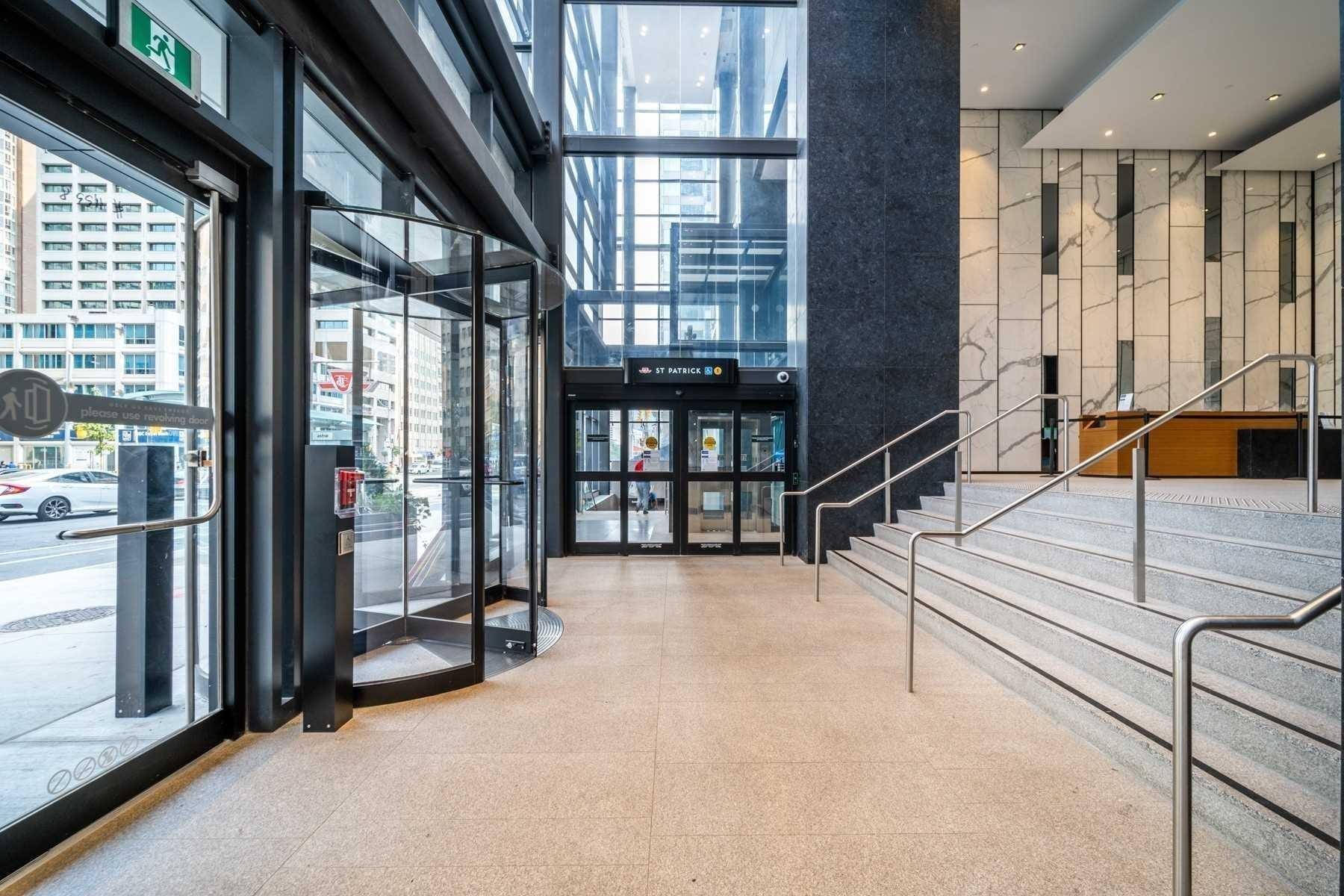 The Residences Of 488 University Avenue Condos: 488 University Avenue, Toronto, ON