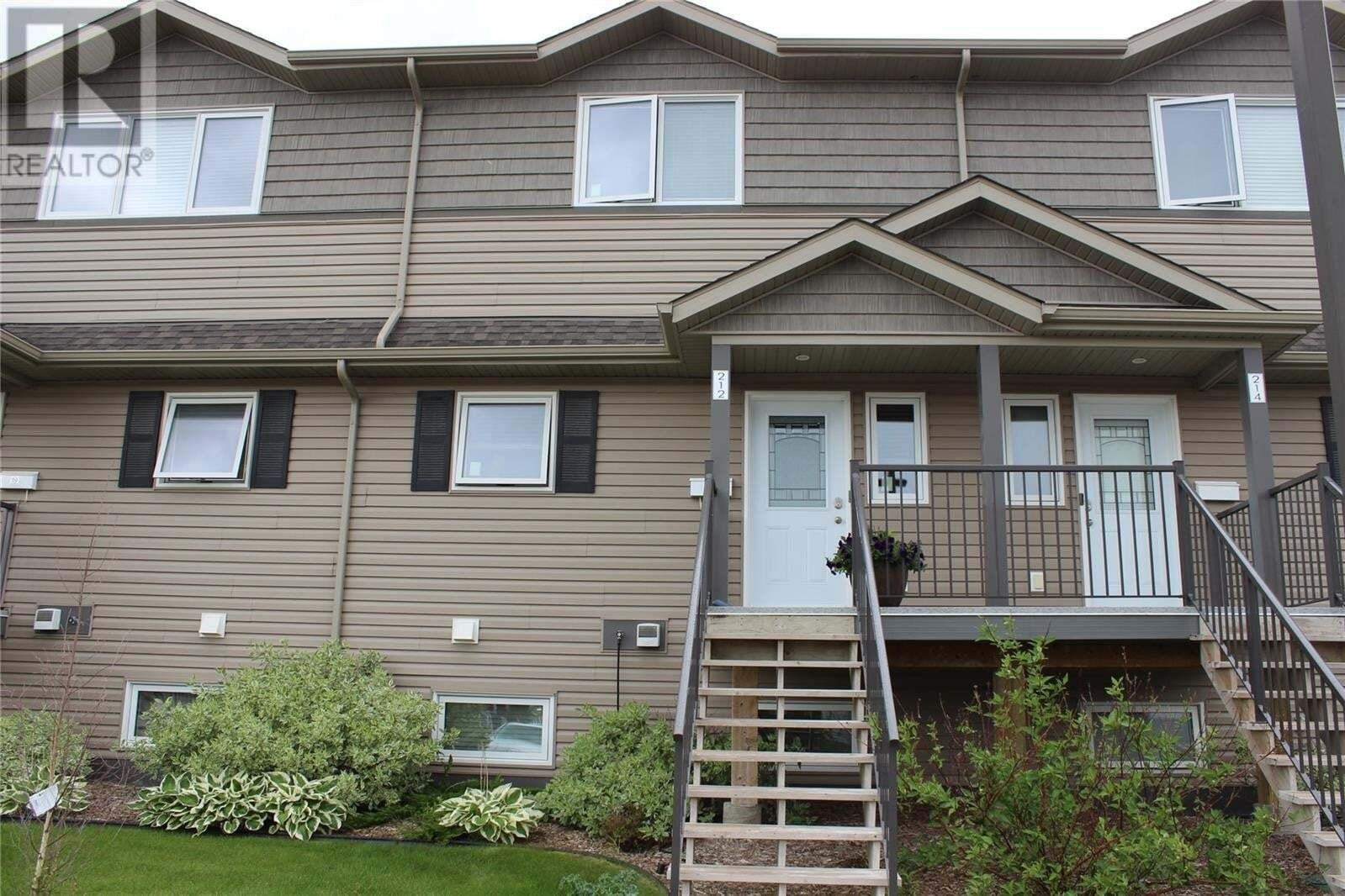 Townhouse for sale at 115 Dalgleish Li Unit 212 Saskatoon Saskatchewan - MLS: SK817278