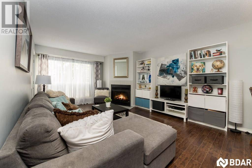 Condo for sale at 120 Bell Farm Rd Unit 212 Barrie Ontario - MLS: 30770529