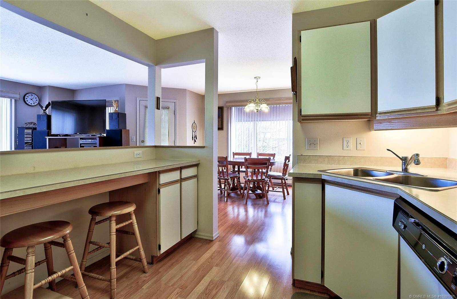 Condo for sale at 180 Hollywood Rd North Unit 212 Kelowna British Columbia - MLS: 10201791