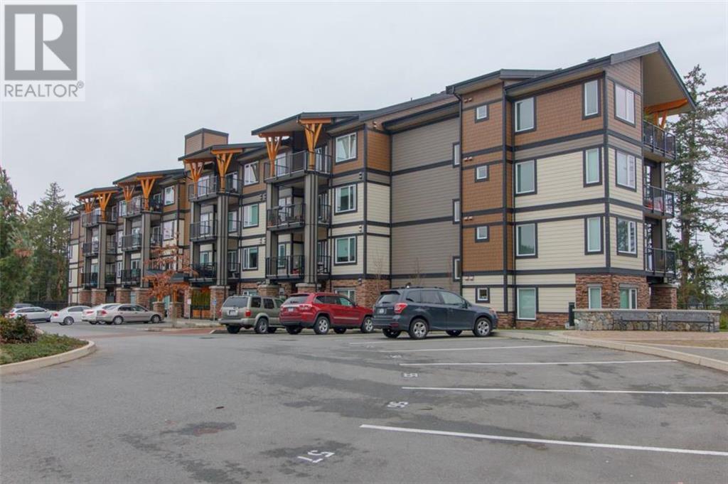 Buliding: 290 Wilfert Road, Victoria, BC