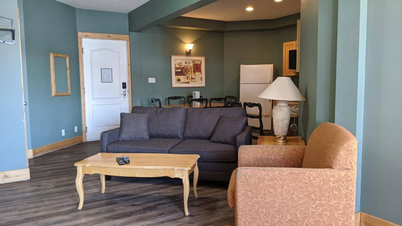 Condo for sale at 5343 Fernie Ski Hill Road  Unit 212 Ski Hill Area British Columbia - MLS: 2451186