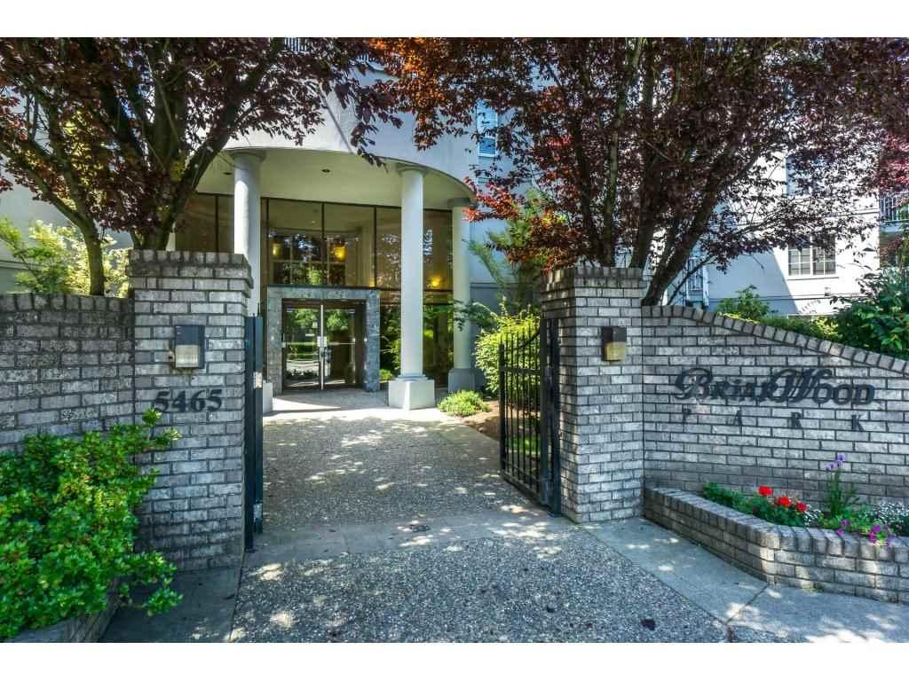 Buliding: 5465 201 Street, Langley, BC