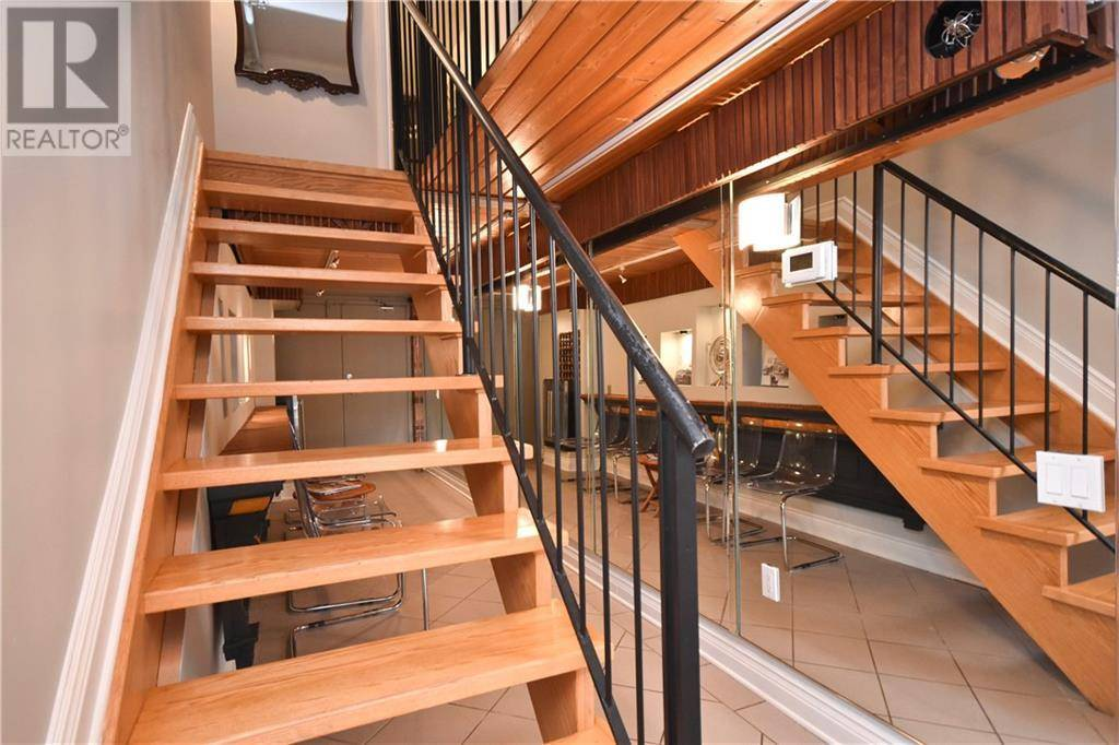 Condo for sale at 589 Rideau St Unit 212 Ottawa Ontario - MLS: 1172142