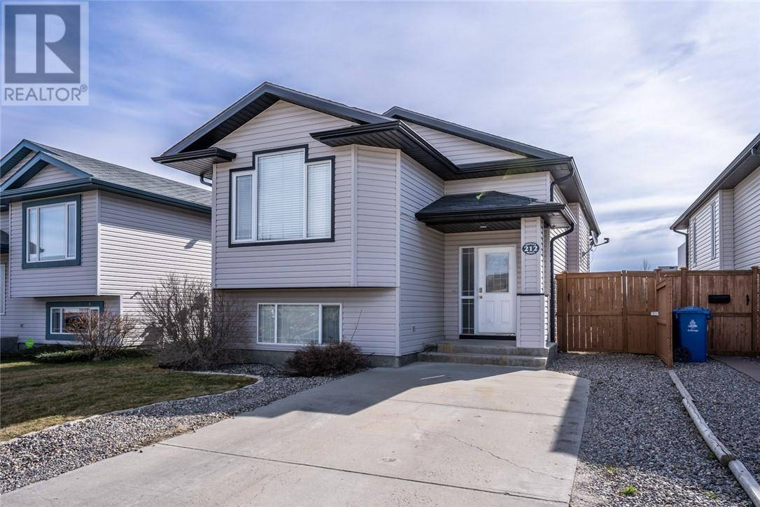 House for sale at 212 Aberdeen Rd W Lethbridge Alberta - MLS: ld0192550