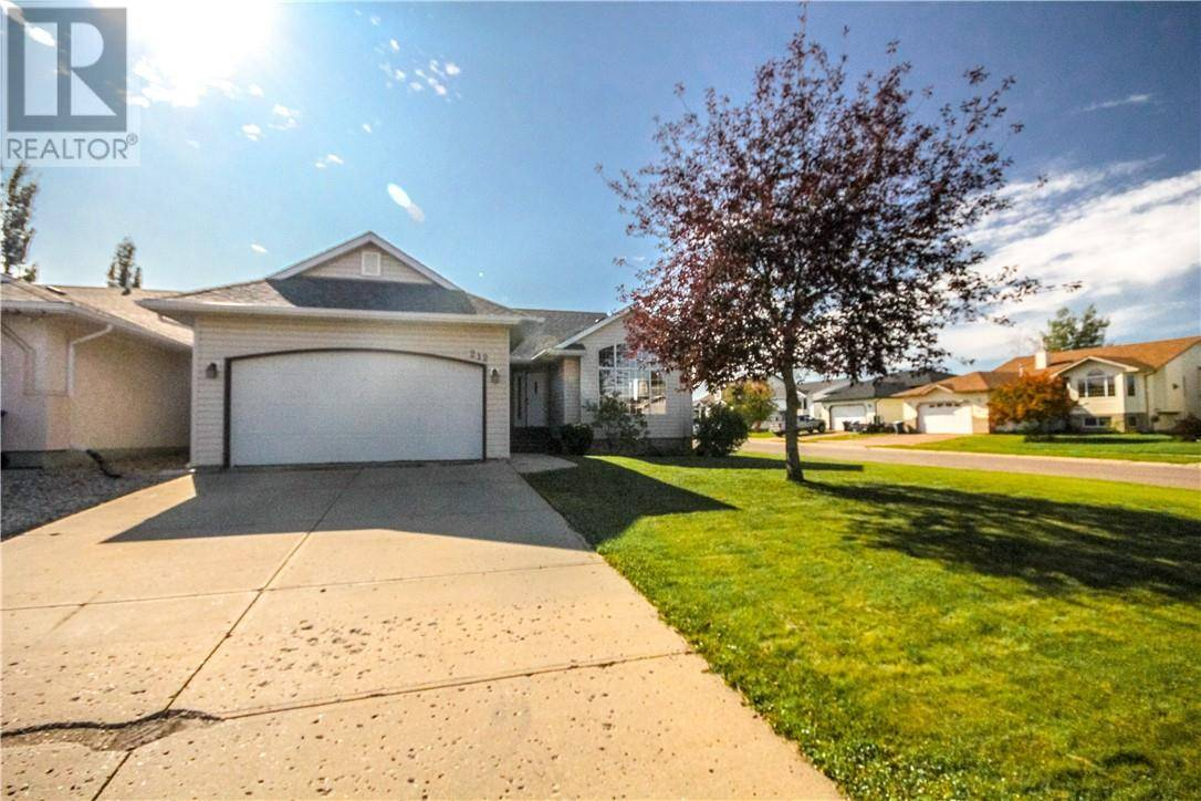 House for sale at 212 Boisvert Pl Fort Mcmurray Alberta - MLS: fm0179689