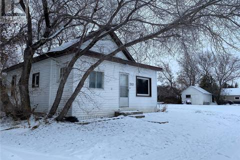 House for sale at 212 Bray Ave Foam Lake Saskatchewan - MLS: SK795660