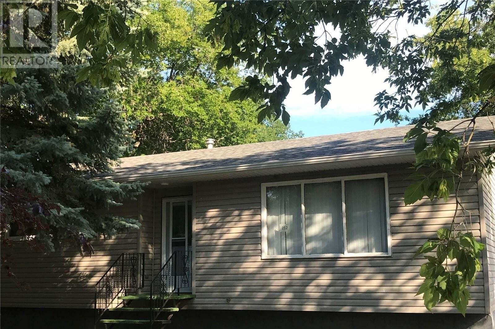 House for sale at 212 Ottawa St Davidson Saskatchewan - MLS: SK818536
