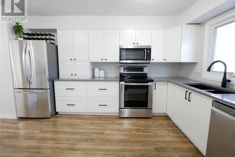 Townhouse for sale at 212 Plainsview Dr Regina Saskatchewan - MLS: SK766185
