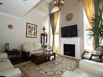 House for rent at 212 Scott Blvd Milton Ontario - MLS: W4599246