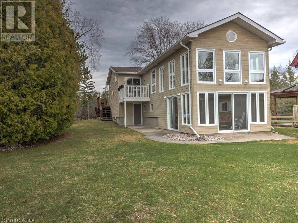 House for sale at 212 Sturgeon Glen Rd Fenelon Falls Ontario - MLS: 256541