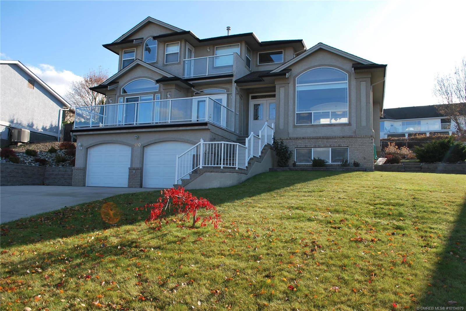 House for sale at 2120 3 Ave Southeast Salmon Arm British Columbia - MLS: 10194979